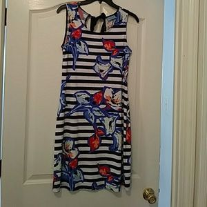 Nice summer dress in excellent condition